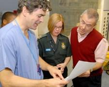 dr hill and paramedic jaqui lindridge expalin pauls ambulance notes to him