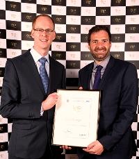 Advanced Paramedic Practitioner Ian Wilmer and VIP Award winner Paul Orange