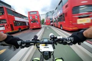Cycle response unit bike cycling thought traffic